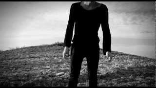 DUST COVERED CARPET - Fragile Soul / Heavy Heart