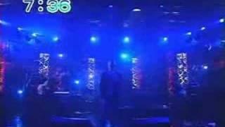 朝日放送の企画で爆風スランプが再結成した時のライブ映像です。ランナー.