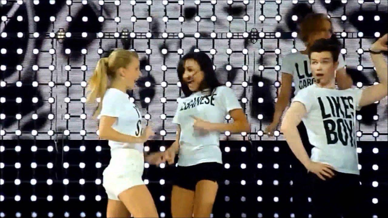 Heather e Naya hook up