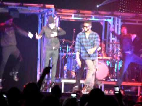 Justin Bieber with Usher -