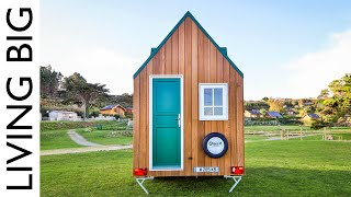 Mind-Blowing Ultra-Compact Eco Tiny House