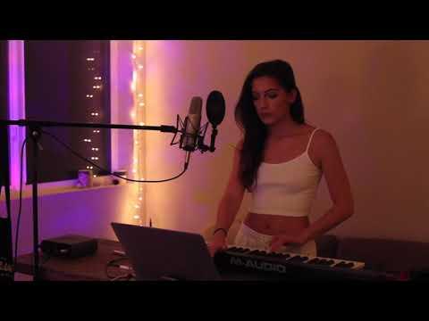 LA Girls - Charlie Puth (Davina Leone Cover)