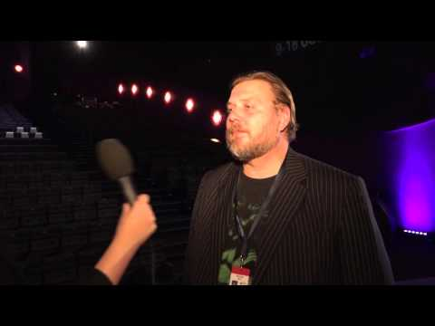 WFF 2015: Nicolas Bro, MĘŻCZYŹNI I KURCZAKI  MEN & CHICKEN