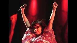 Björk - Vertebrae by Vertebrae (Instrumental)