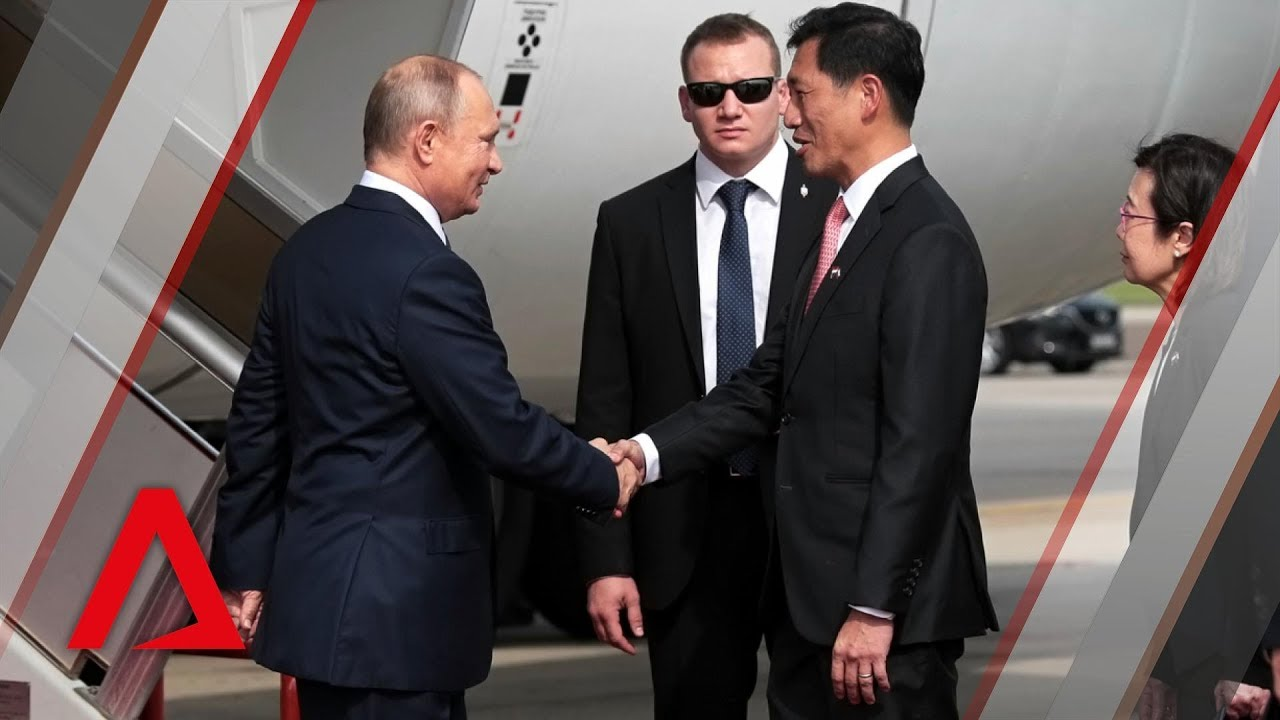 Russian President Vladimir Putin Arrives In Singapore Youtube