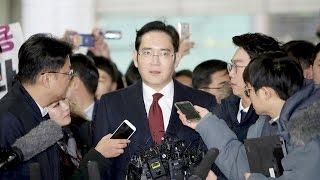 Руководителя Samsung требует арестовать прокуратура (новости)
