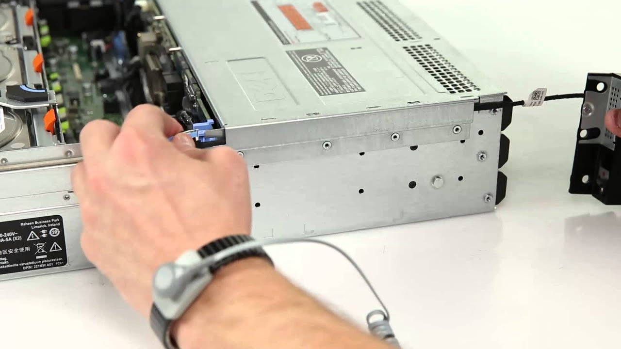 Dell PowerEdge R730xd: Remove & Install Control Panel Assembly