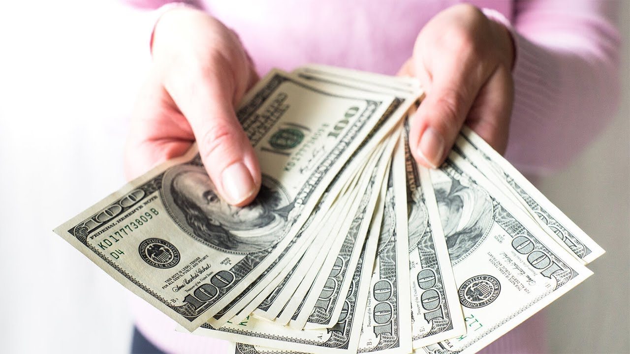 bani ușor reali)