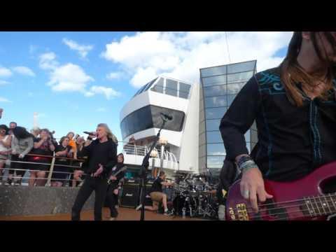 Kix - Cold Blood @ Def Leppard Cruise 2016
