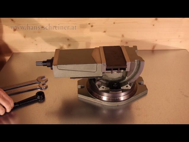 Metall bearbeiten mit schwenkbarem Schraubstock Q41125L von Hans Schreiner
