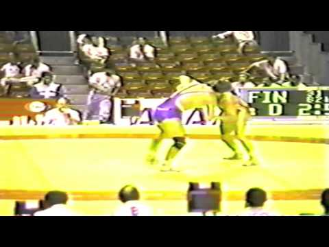 1990 Senior World Championships: 82 kg Hans Gstoettner (GDR) vs. Jouni Ilomaeki (FIN)