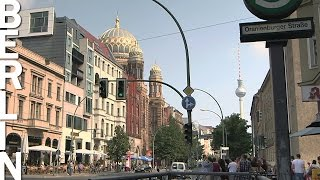 Many faces of East-Berlin - Time-Lapse-Video with Music (Berlin HeartBEAT)