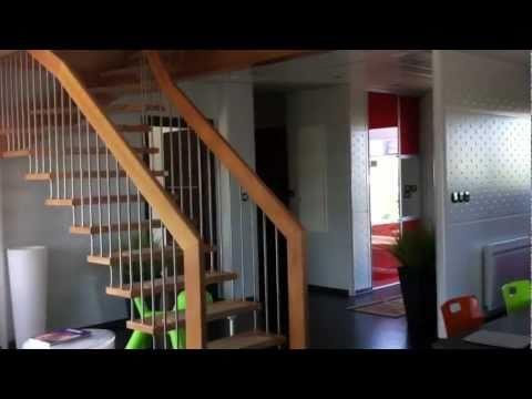Visite de la maison t moin youtube for Maison temoin