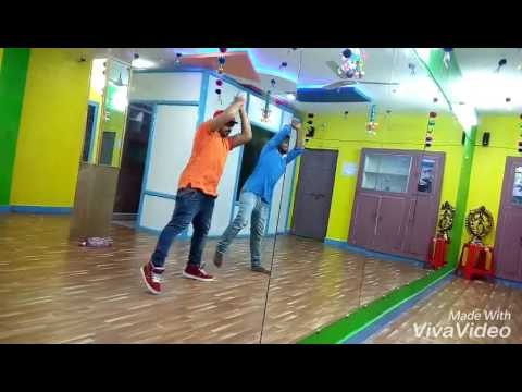 Kala chesma song choreographed by venky...