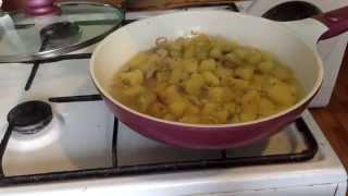 как приготовить тушеную картошку(Если данное видео вам помогло, прошу подписаться на мой канал