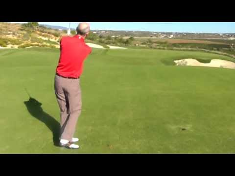 Golf Tips: The Lofted Pitch