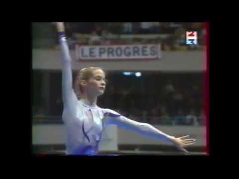 Emilie LIVINGSTON ruban  1998 Championnats de France EF