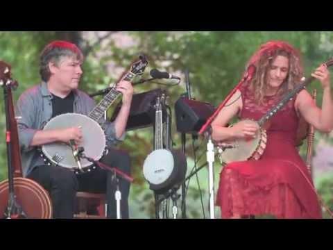 Béla Fleck & Abigail Washburn   Little Birdie   Rockygrass   Gratefulweb.com