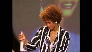 Whitney Houston Wins Favorite Pop/Rock Female Artist - AMA 1987
