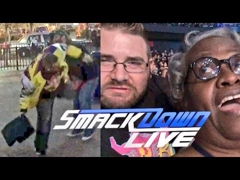 GRIM FIGHTS THIEF! LAUGHS AT HAWKINS LOSING! WWE SMACKDOWN LIVE REACTIONS VLOG!