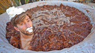 HOT CHOCOLATE JACUZZI! *WORLD RECORD/250 GALLONS*