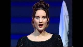 "Anúna - ""Home and the Heartland"" (Riverdance, 1995)"