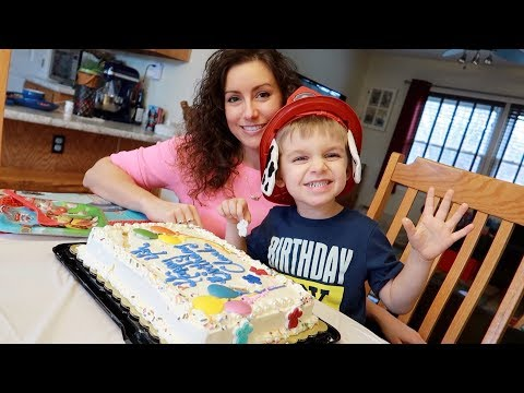 Clark's PAW PATROL Themed 4th Birthday Party + GIFT OPENING!