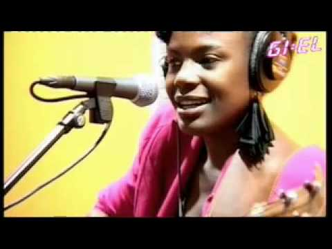 Noisettes - Never Forget You (Live on 3FM)