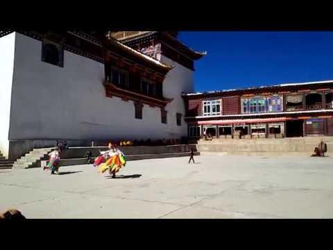Watching A Refreshing Tibetan Buddhism God Dance in Ganzi, Sichuan