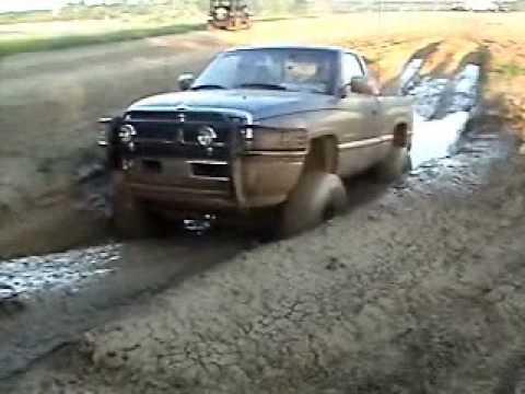 dodge ram 4x4 mudding in fulton mo youtube - Dodge Ram 1500 Lifted Mudding
