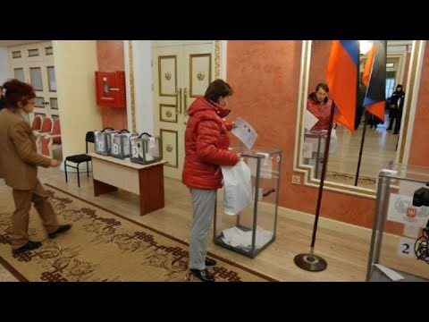Polls open as Ukraine separatists hold defiant elections