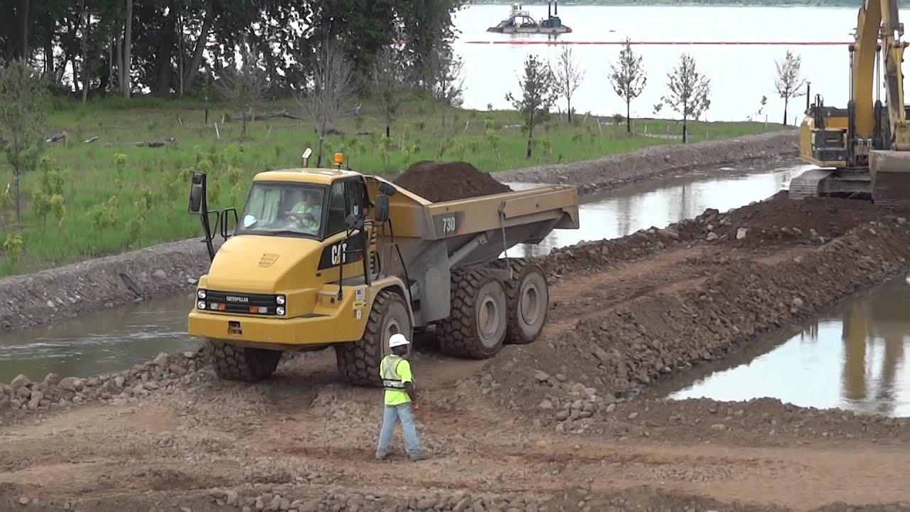 cat 730 articulated dump truck - youtube