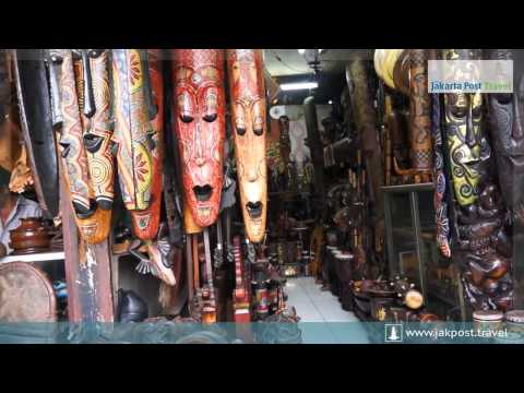 The Antique Market at Jalan Surabaya