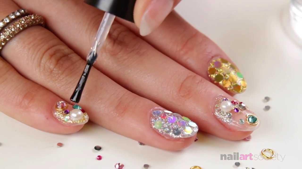 New Years Eve 2014 Glitzy Holiday Nails How To Nail Art Society