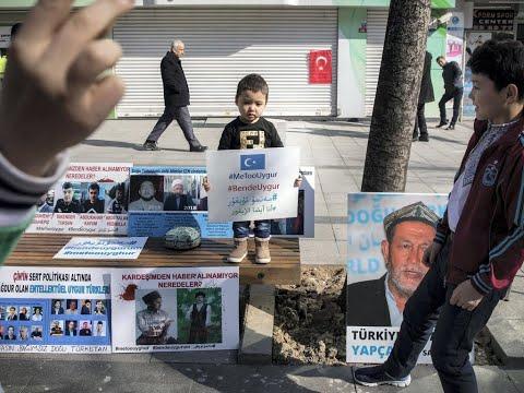 فتاة إيغورية تروي قصة اختفاء والديها  - نشر قبل 11 ساعة