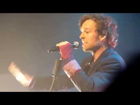 Darren Hayes   To the Moon and Back Live HD @ Glasgow O2 16 10 2011 HD
