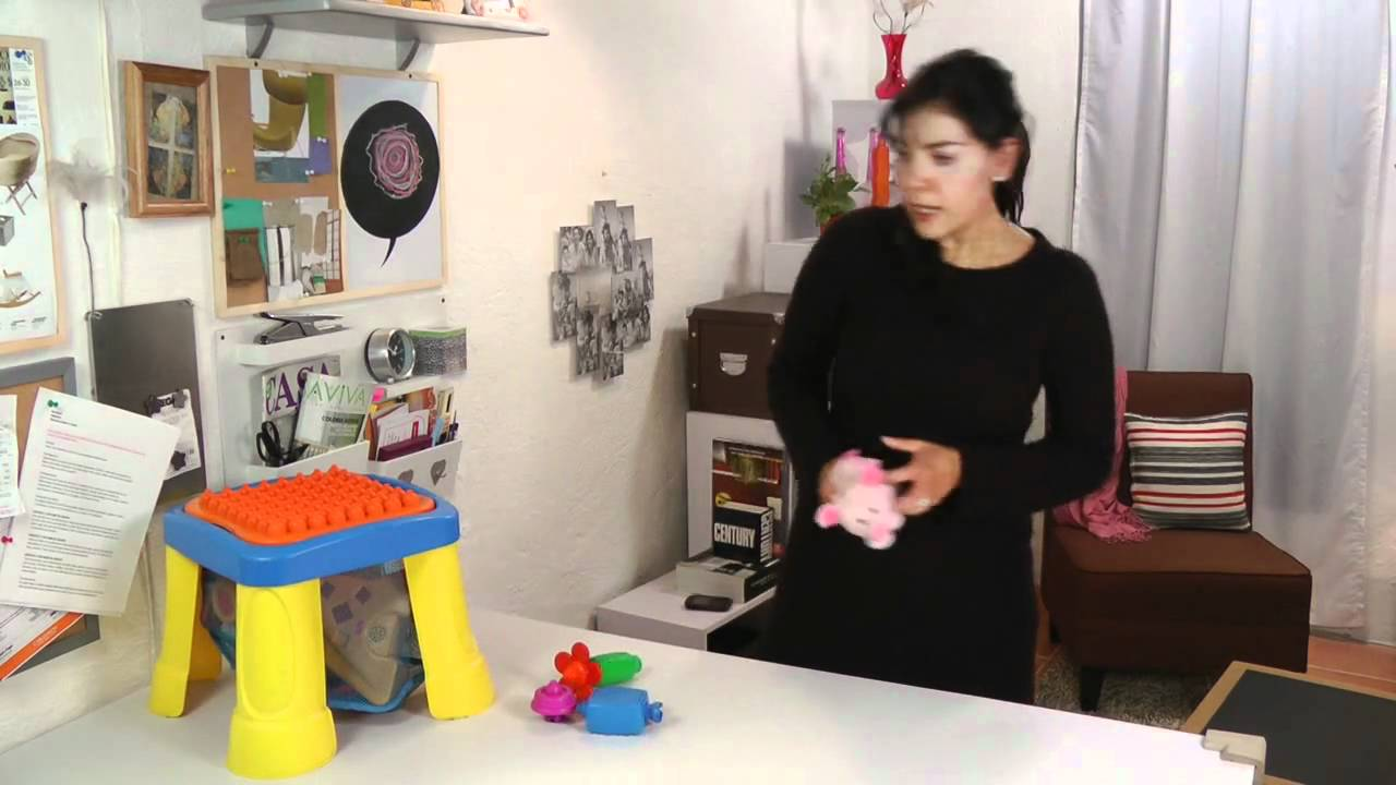 Juguetes para beb s de 6 a 12 meses youtube - Juguetes para ninos 10 meses ...
