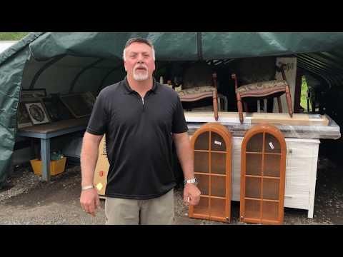 9:30am-field-furniture-under-tent