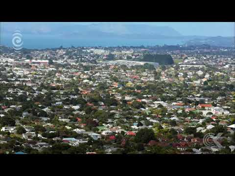 120,000 people rush to check Auckland's new property values