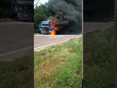 "Видео ""ДТП и дороги Николаева и области"": пожар фуры"