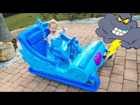 Disney Frozen Sleigh Ride and saving toys Video for kids