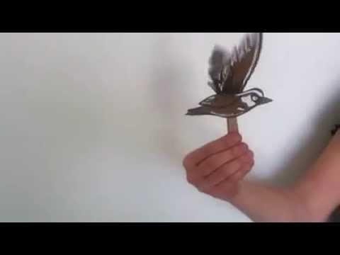 Oiseau en papier qui vole bricolage youtube for Fabriquer un miroir de telescope