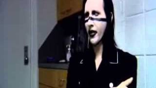 Marilyn Manson, интервью на русском языке.avi