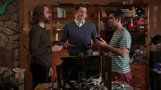 Silicon Valley Dinesh & Gilfoyle Cell Phone Fight (S4E6)