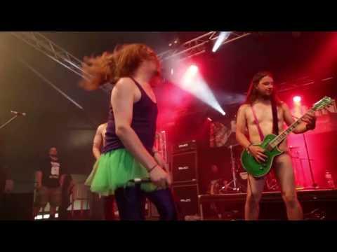 Bloodstock Open Air 2016 - Footprints In The Custard (live)