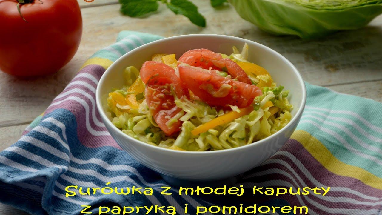 Surówka z młodej kapusty z papryką i pomidorem – TalerzPokus.tv