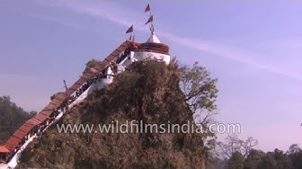 Pilgrims at Garjiya Devi Temple outside Corbett Park in Ramnagar