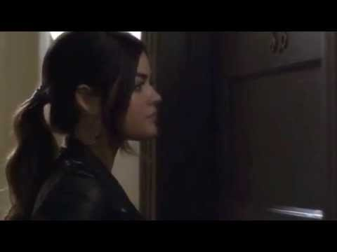 Selena opens door for Lucy Manip