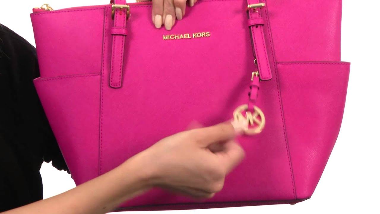 a788a54208746 MICHAEL Michael Kors Jet Set Item Ew Tz Tote SKU  8382178 - YouTube