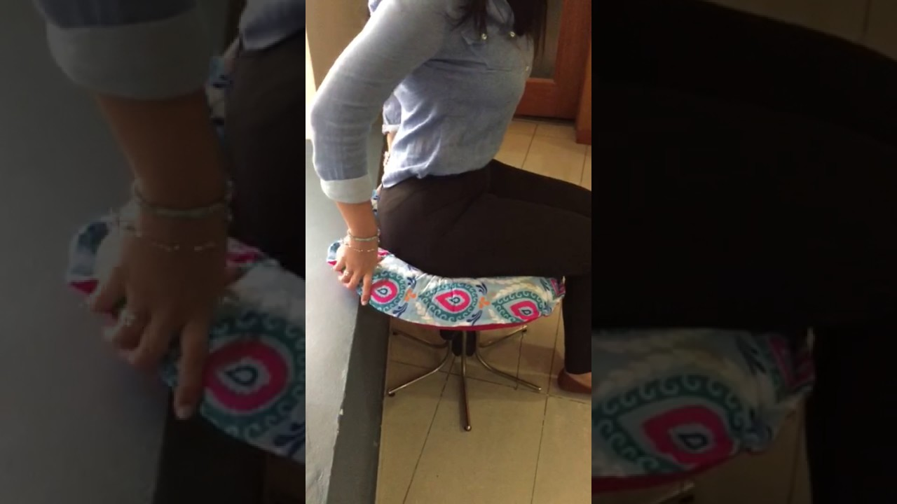 How to seat in your boppy pillow after bbl - YouTube